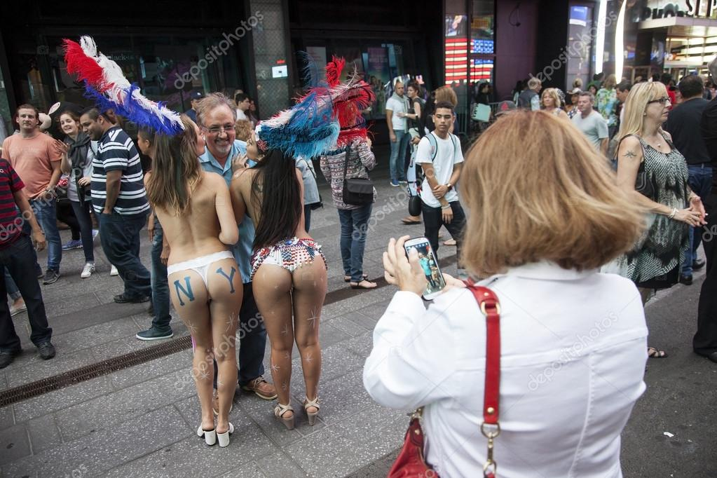 legal-naked-girl-s-in-new-york