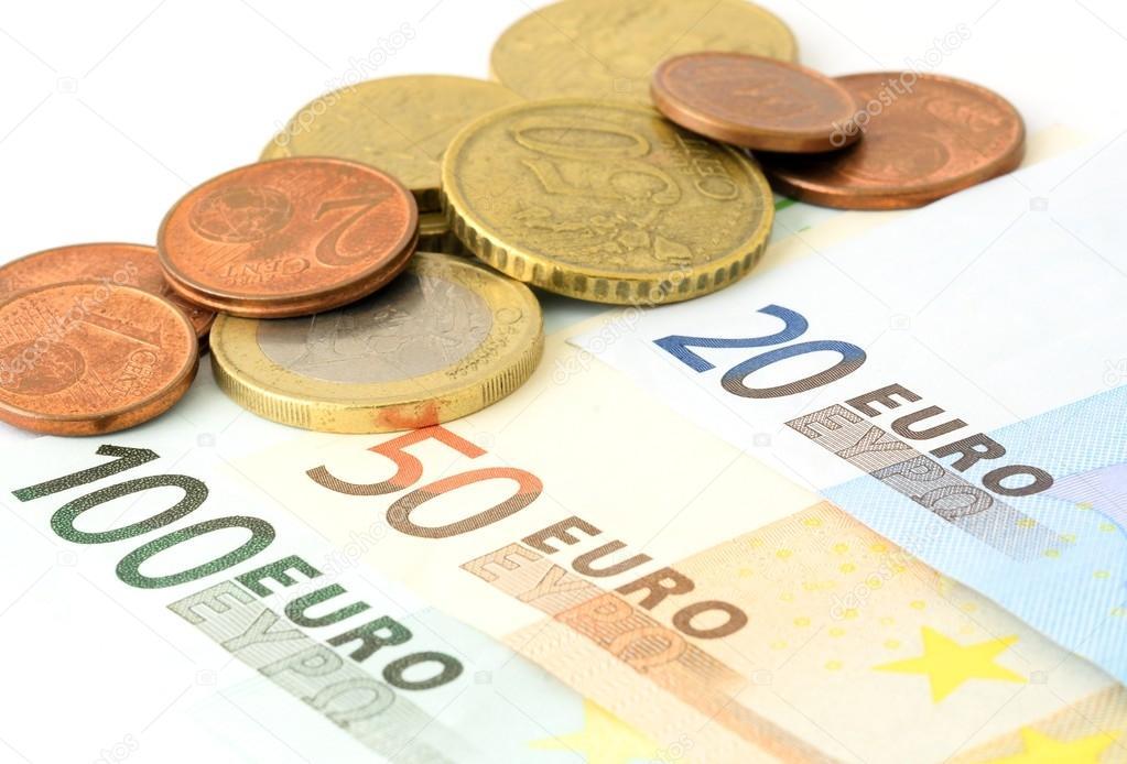 Euro Währung Auf Weiß Stockfoto Hamikus 106395238