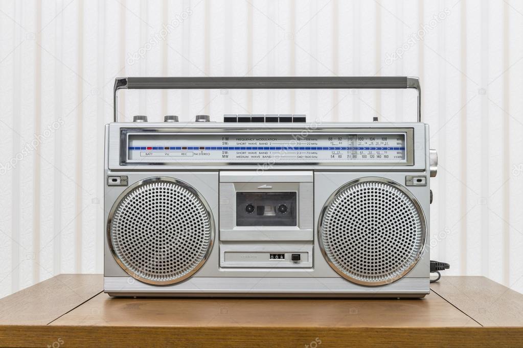vintage portable boom box style radio lecteur cassette. Black Bedroom Furniture Sets. Home Design Ideas