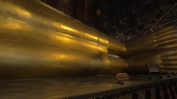 Óriás fekvő Buddha-szobor Wat Pho templomban, Bangkok