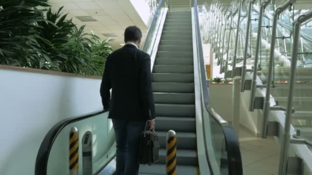 podnikatel na eskalátoru