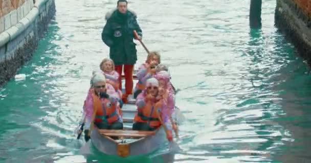 Team von alte Frauen Rudern