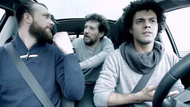 ¿Cual es el libro de tu vida? - Página 11 Depositphotos_70061027-stock-video-three-men-discussing-and-fighting
