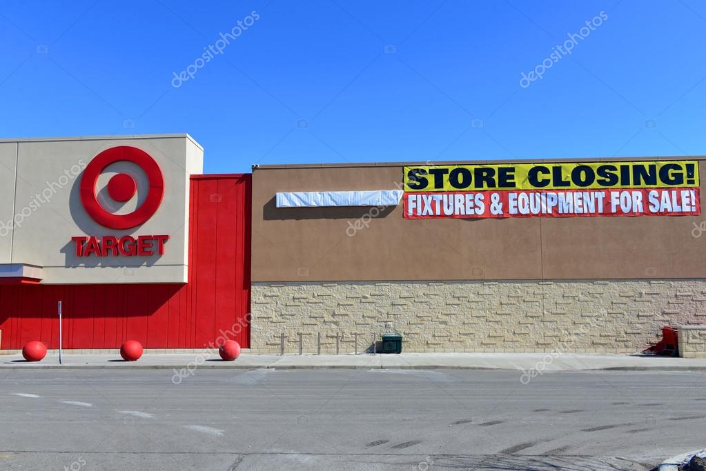 Canadian Target Store With Closing Sign Stock Photo