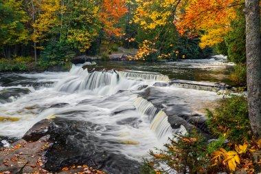 Upper Bond Falls in the Autumn