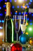 Fotografie Champagner und Weihnachten Kugeln