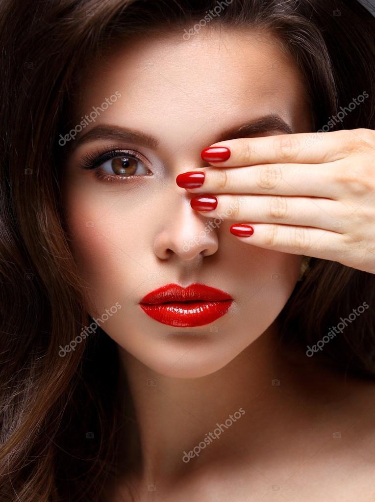 Макияж на ногти фото