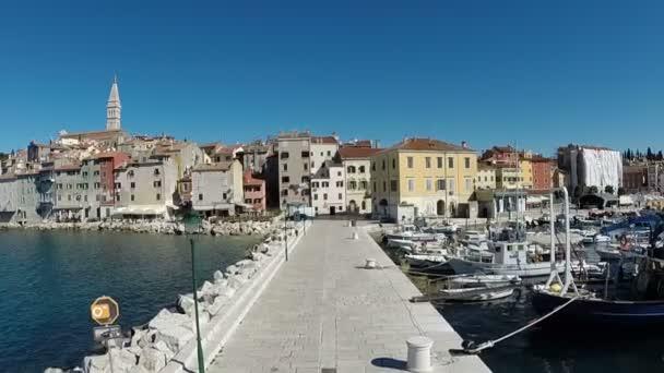 Rovinj, na pobřeží Středozemního moře poloostrova