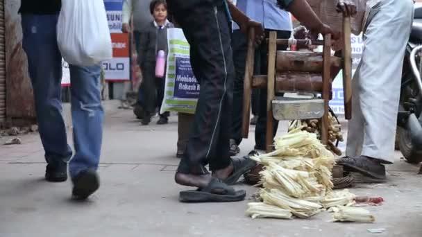 Férfiak tömörítése cukornád