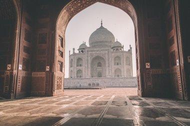 Taj Mahal from inside Mihman Khana
