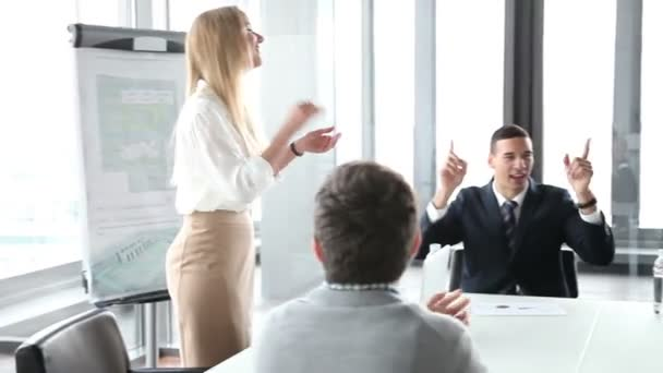 business people clapping on a meeting