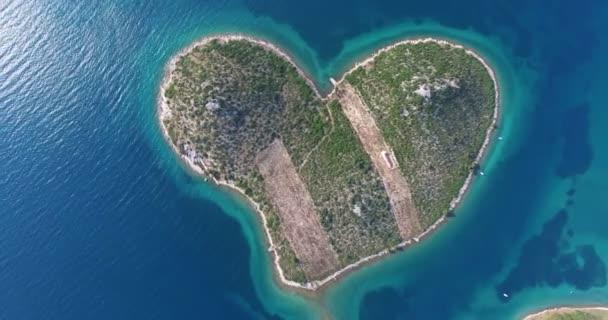herzförmige Insel Galesnjak