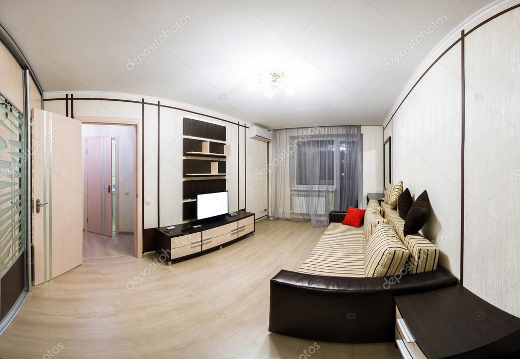 Interieur van het huis, een kleine woonkamer in appartement ...