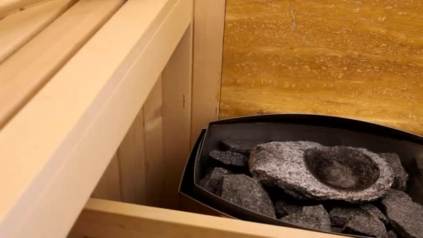 Sauny trouba s horkými kameny