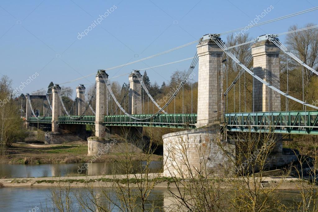 ロワレ県、橋のシャティヨン ・ ...
