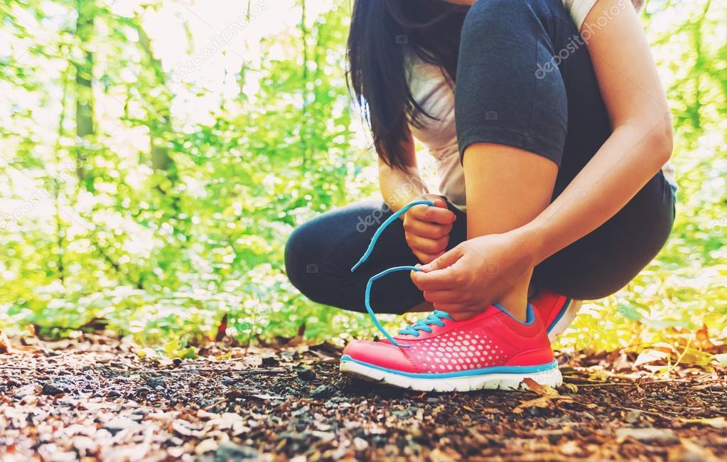 Sport Lacer Photographie — Coureur Melpomene De Ses Chaussures 0Nm8nvw