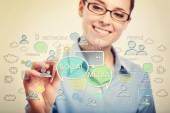Podnikatelka výkresu sociální média pojmy