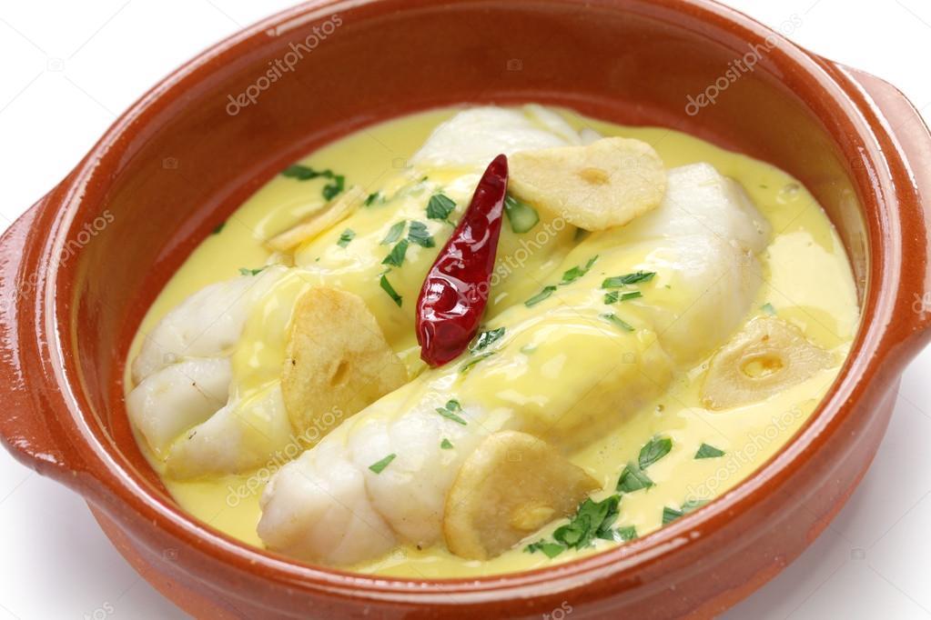Bacalao al pil pil, cocina española, país Vasco — Foto de stock ...