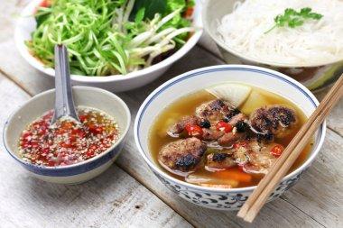 bun cha, vietnamese noodle dish