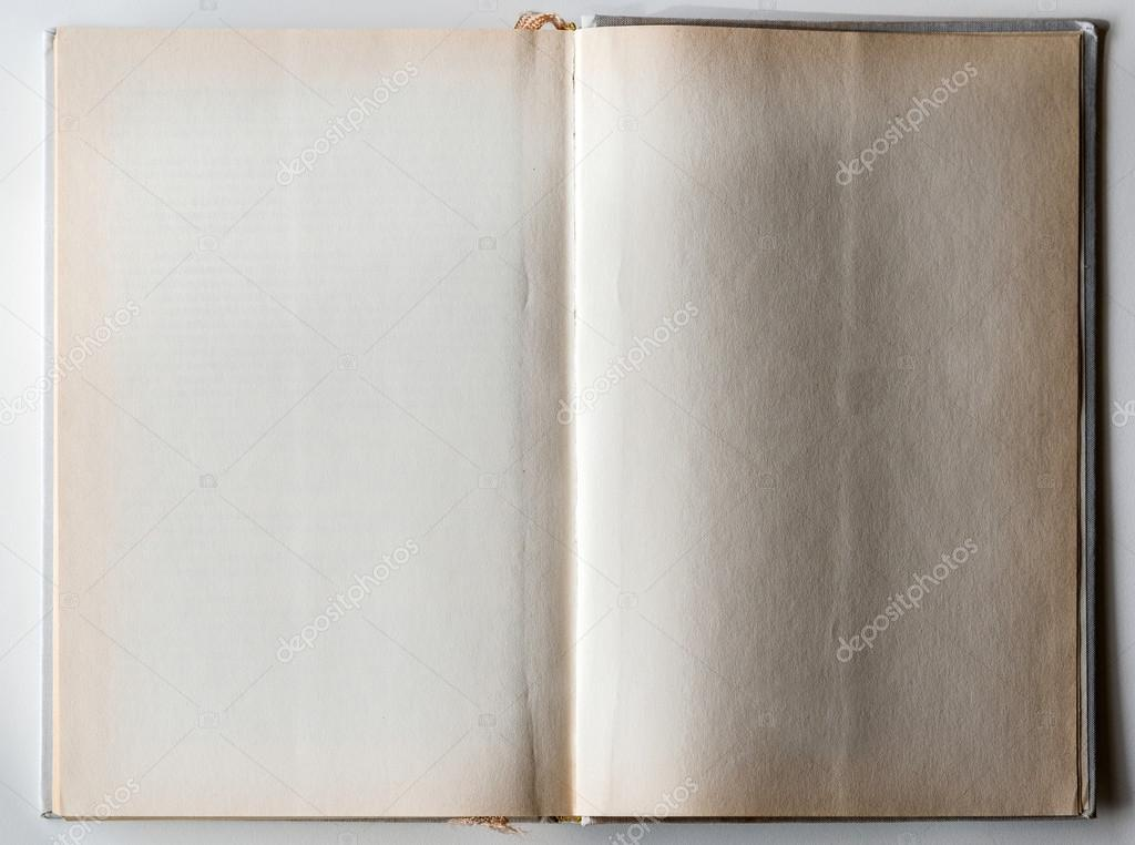 Livre Blanc Ouvert A La Derniere Page Photographie