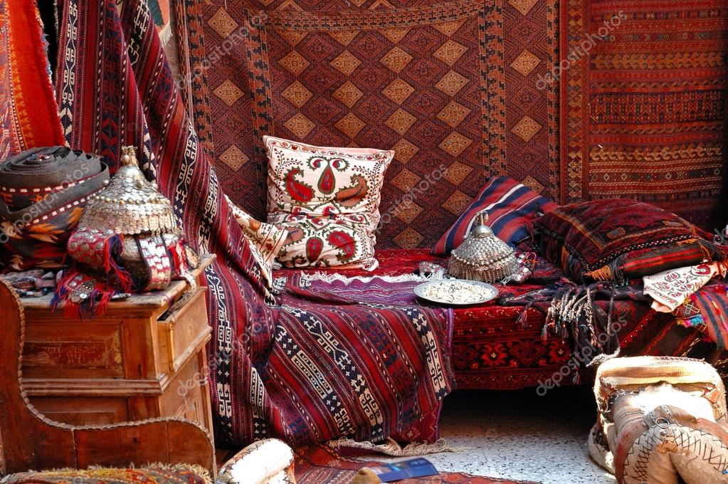 t rkischer basar teppich markt stockfoto salajean. Black Bedroom Furniture Sets. Home Design Ideas