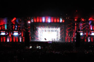 Live concert on the Main stage of the Untold Festival