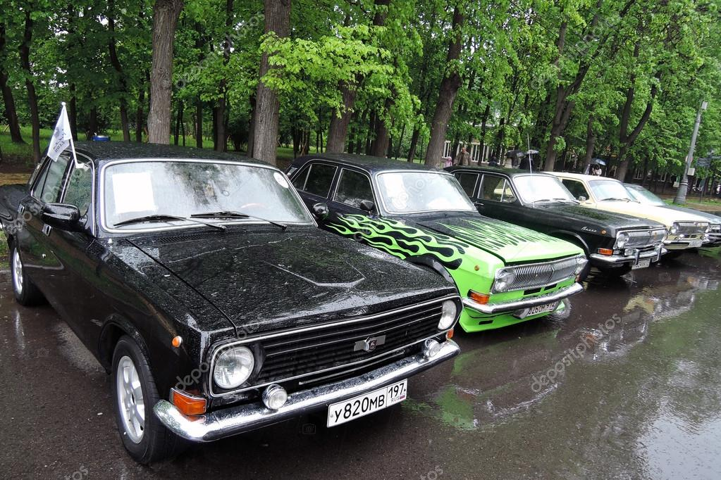 Autos Antiguos En El Retro Fest En Moscu Foto Editorial De Stock