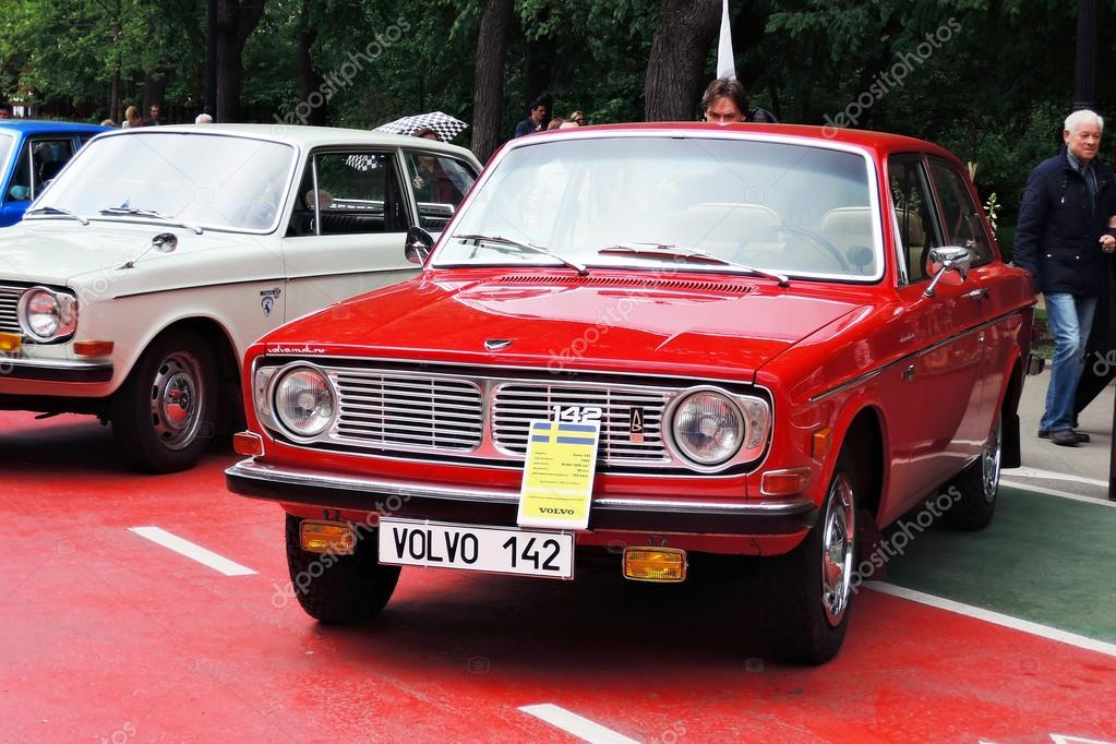Old Volvo Car At Retro Fest In Moscow Stock Editorial Photo