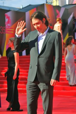 Jeremy Kleiner greets fans at Moscow Film Festival