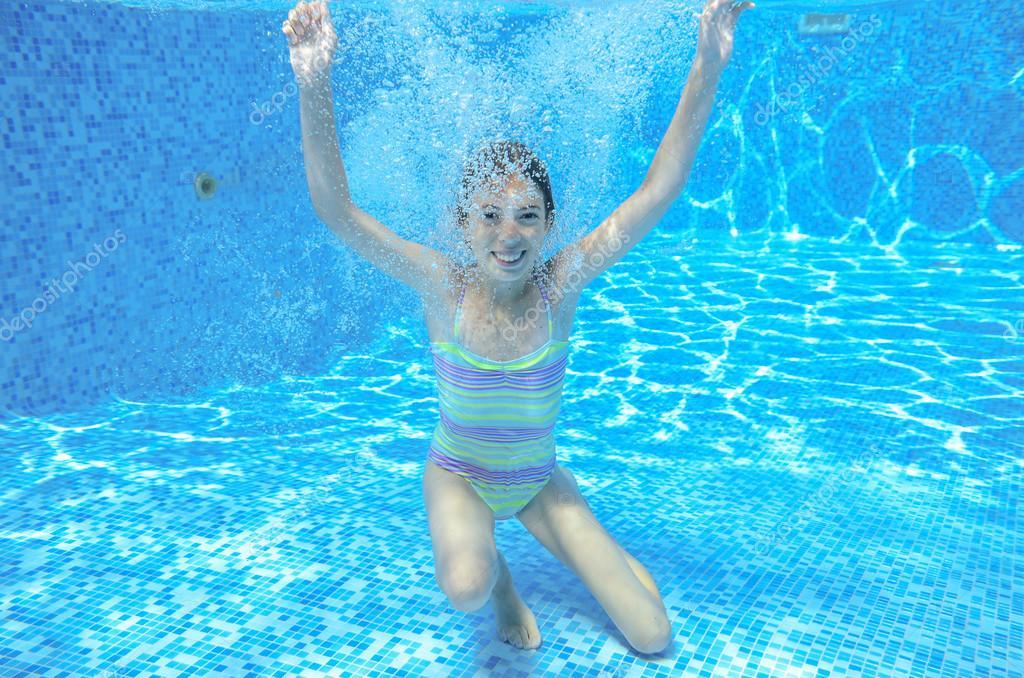 vse-video-devushki-plavanie-pod-vodoy