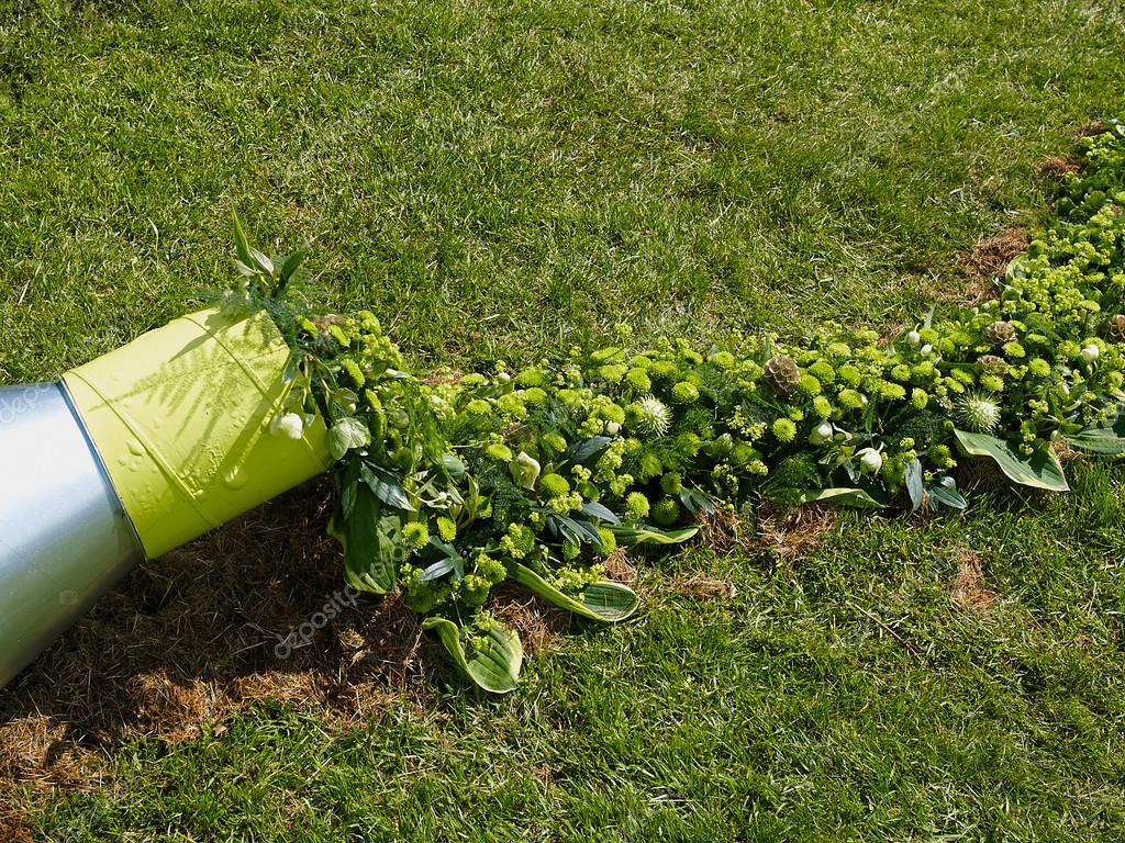 Creativa Escultura Jardin Con Plantas Fotos De Stock C Ronyzmbow - Escultura-jardin
