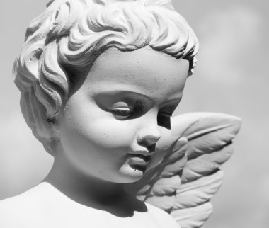 Angelic face statue in Italy