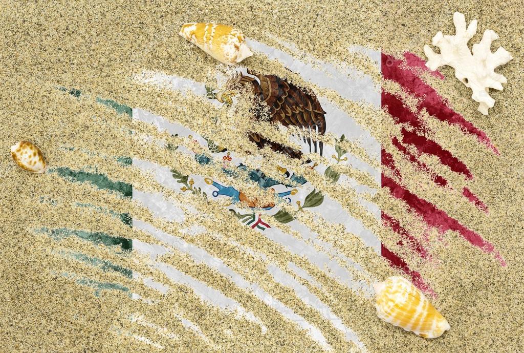 Bandera De México Bajo Un Fondo De Playa