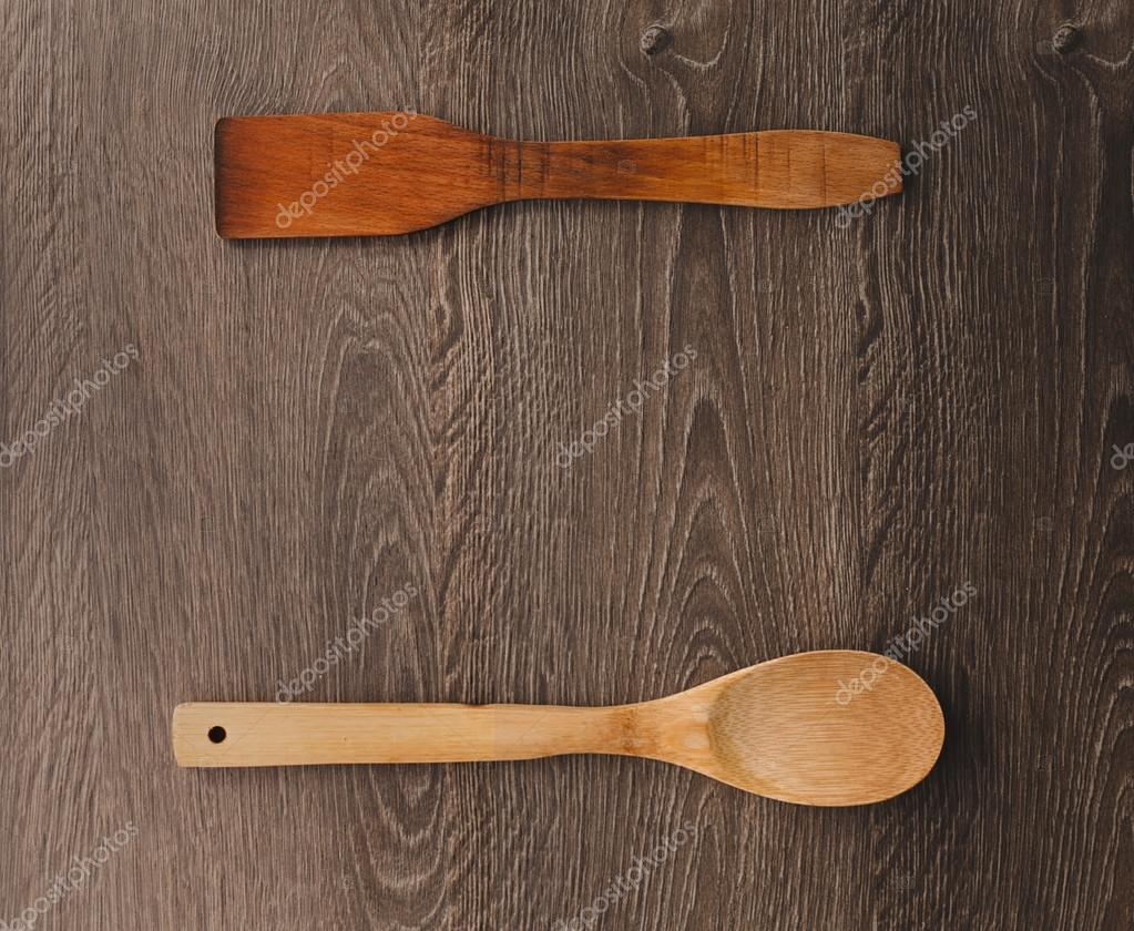 Houten Accessoires Keuken : Houten keuken accessoires op hout achtergrond u stockfoto briday