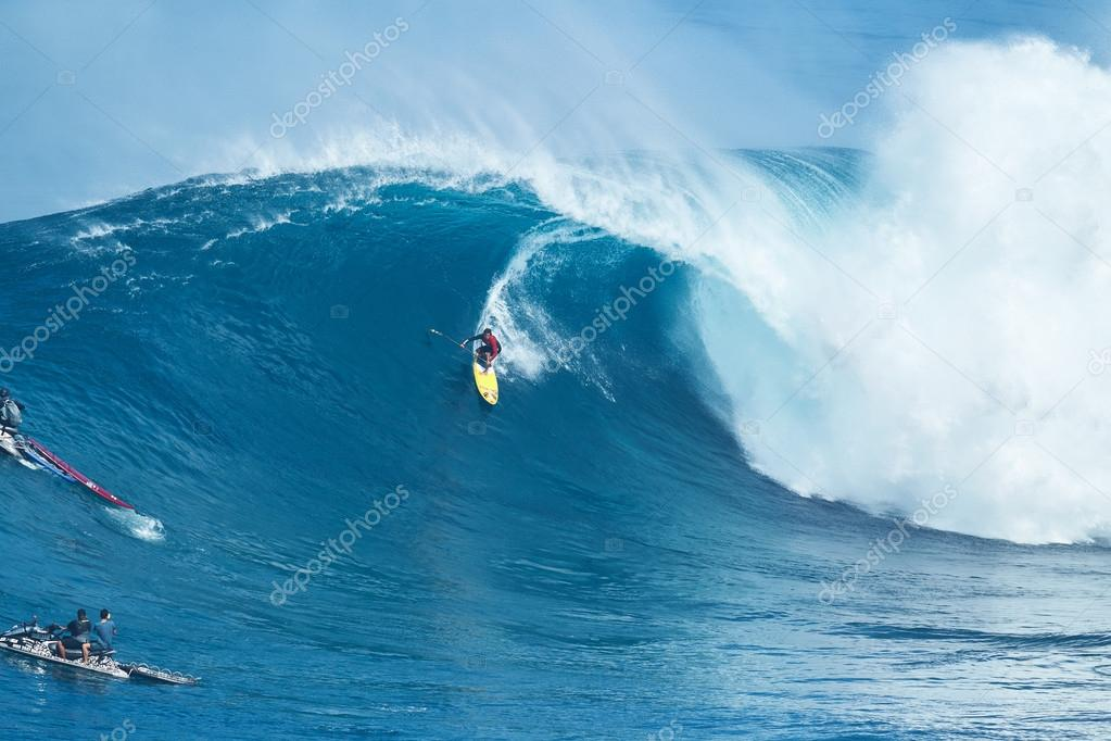 Surfer Rides Giant Wave At Jaws Stock Editorial Photo