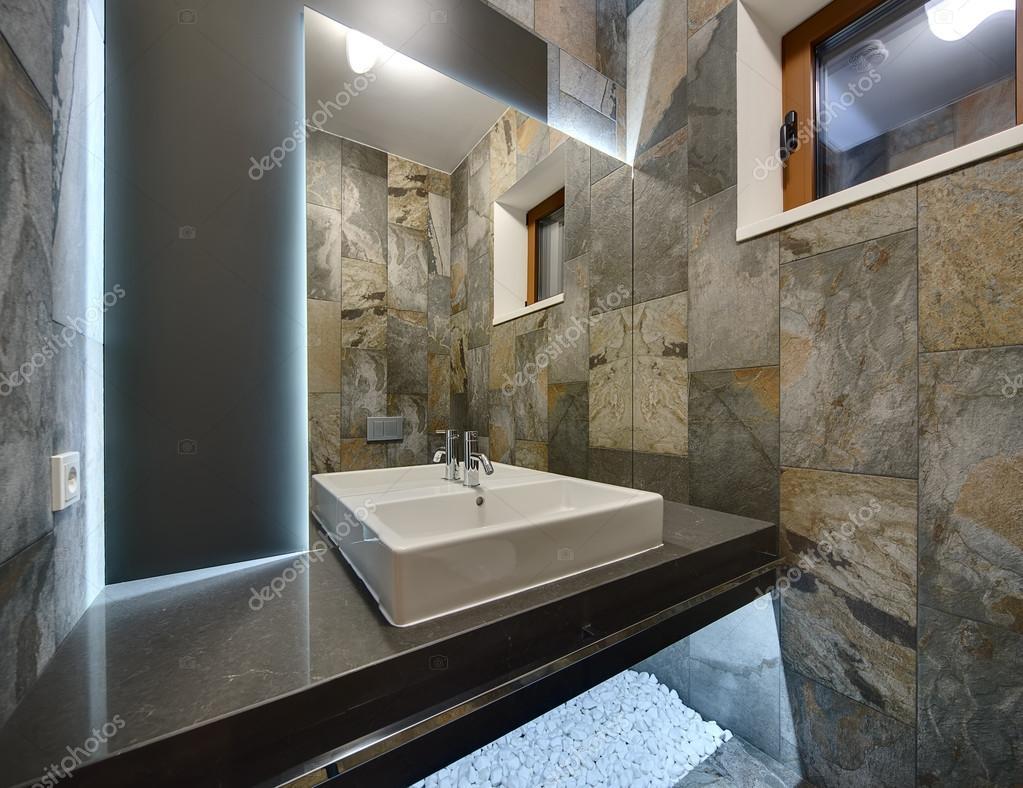 Bagno in stile moderno foto stock bezikus 104360316 - Bagno stile moderno ...