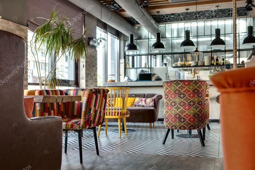 Restaurant mit offener Küche — Stockfoto © bezikus #111747598