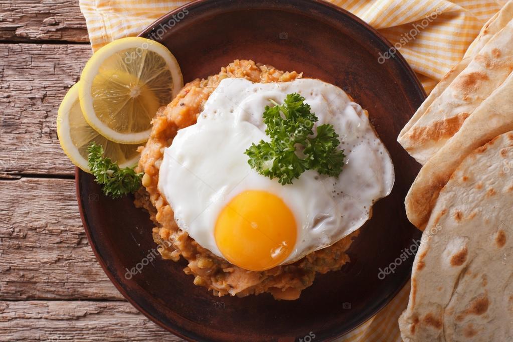Colazione egiziana ful medames con il primo piano dell for Piani colazione