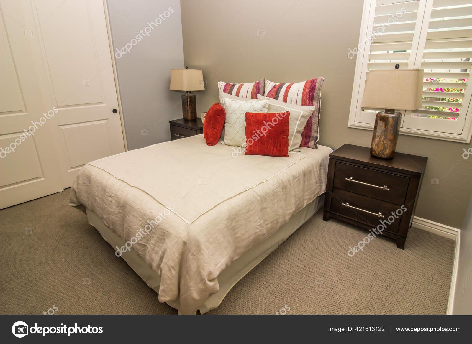 Modern Bedroom Bed Nightstands Lamps Stock Photo C Weezybob5 421613122