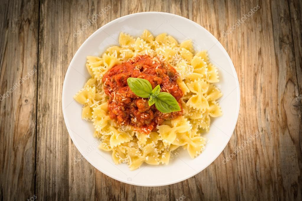 Makaron Z Sosem Ragu Kuchnia Włoska Zdjęcie Stockowe