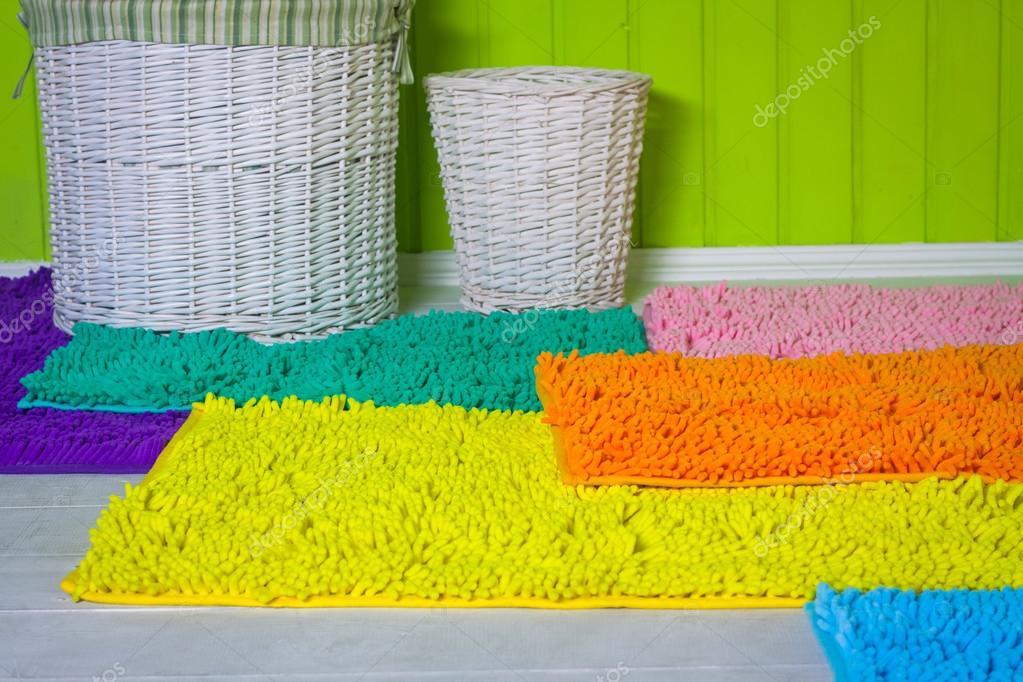 Tappeto Pelo Lungo Turchese : Soffici tappeti colorati con pelo lungo u foto stock thepushba