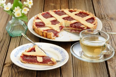 Lattice cake with strawberry jam cut, piece of cake, jasmine flo