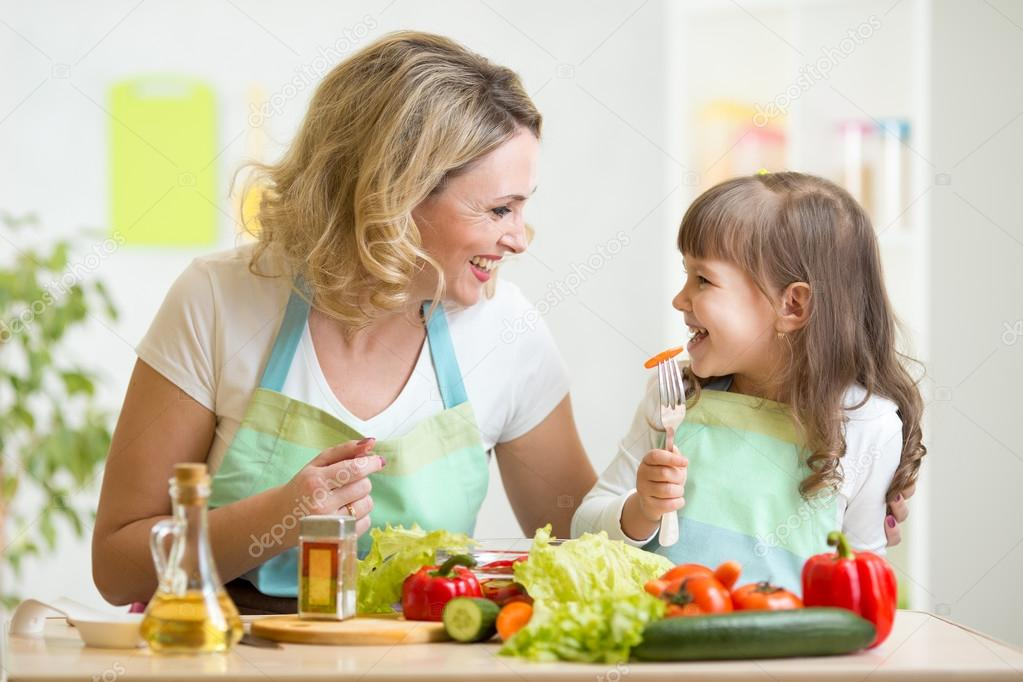 The American Heart Association offers helpful information on making healthy choices for your whole family to achieve a hearthealthy diet