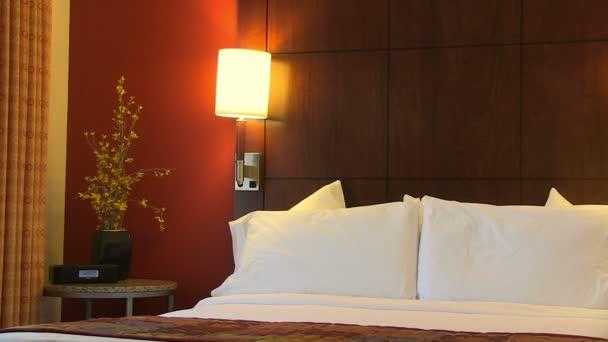 krásný hotelový pokoj