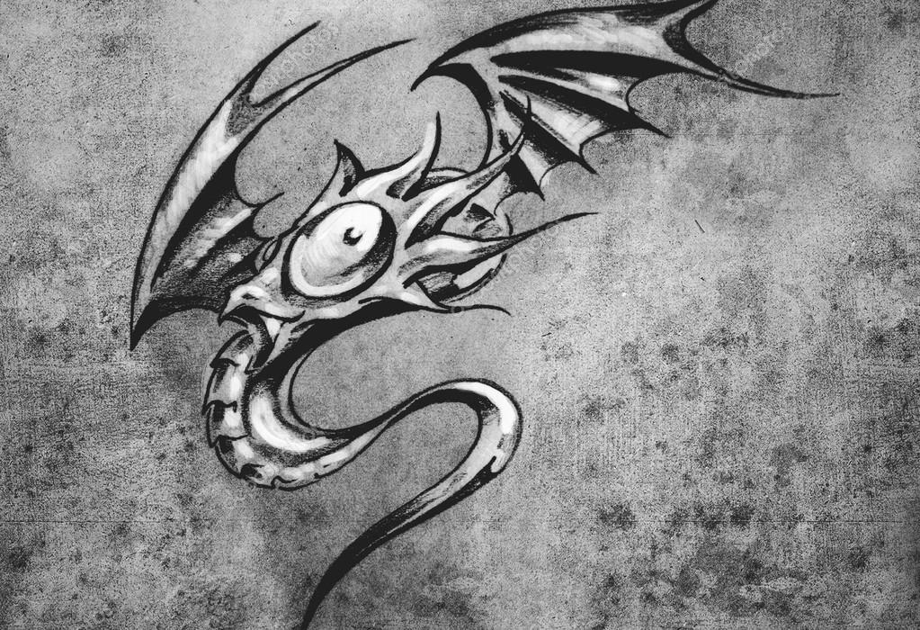 Drole Petit Dragon Croquis De Tatouage Art Fantasy Elegant Monst