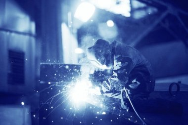welder working at the factory