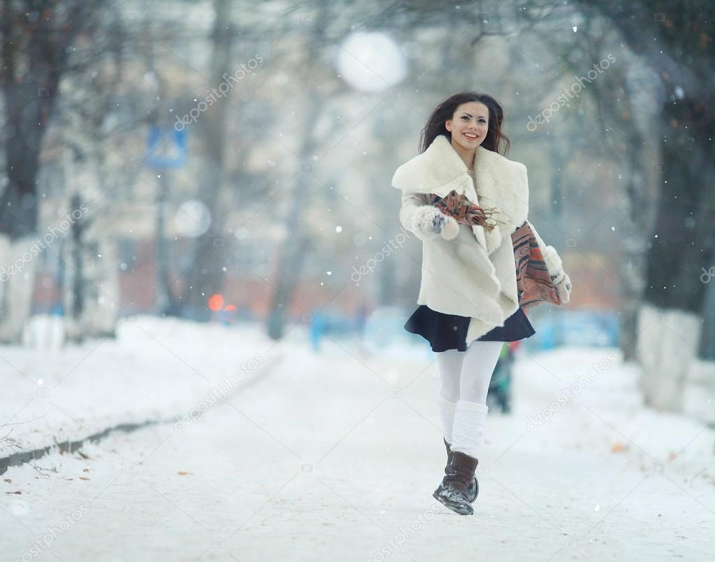 Фотографии зимы и девушек