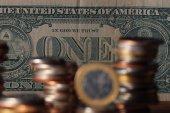 Euro a dolar výměnou koncept