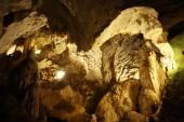 Krápníková jeskyně speleologie