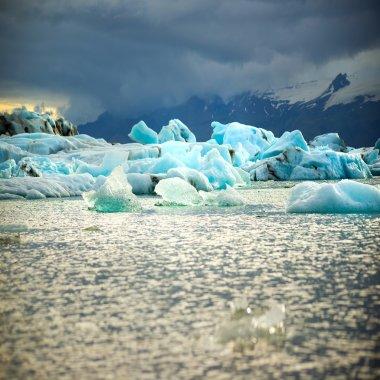 glacial lake concept